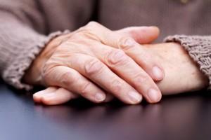 fluisteren met ouderen
